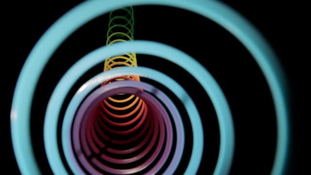 lucentezza tunnel twang arcobaleno - molla video stock e b–roll