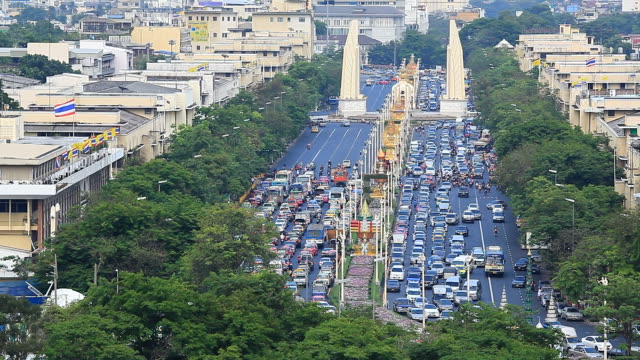 Ratchadamnoen Road,Bangkok,Thailand video