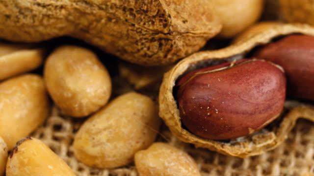Raw peanuts video