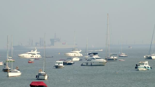 redo för segling - turistbåt bildbanksvideor och videomaterial från bakom kulisserna