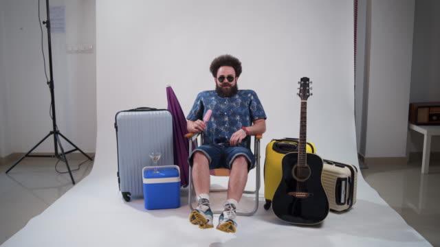 ready for summer - pantaloncini video stock e b–roll