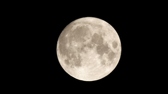 4K - Real full moon movement video