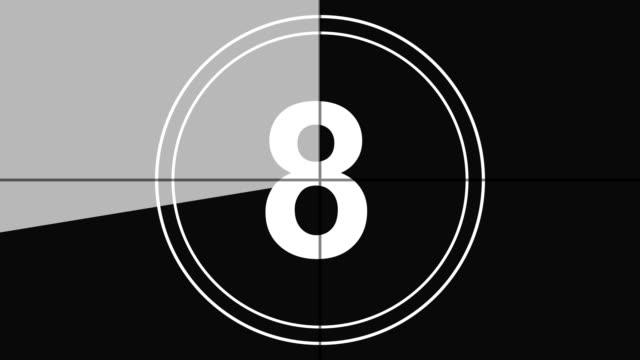 4k. conto alla rovescia in tempo reale leader conteggio grafico da 10 a 0 con numeri inversi, stile vintage in colore monocromatico - conto alla rovescia video stock e b–roll