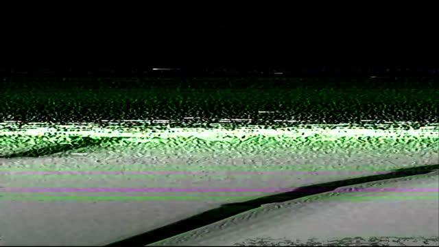 echte vhs glitch übergang videoband kratzrauschen - digital composite stock-videos und b-roll-filmmaterial
