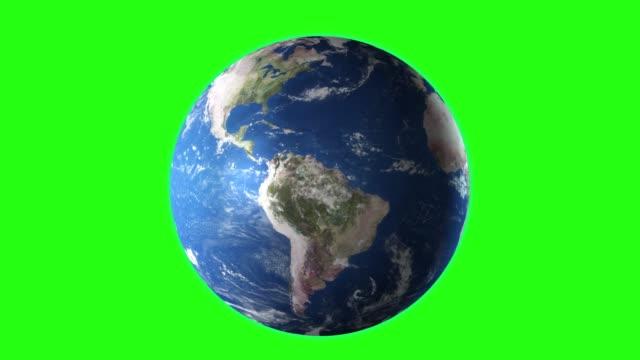 vídeos de stock, filmes e b-roll de realista terra girando, 4k. perfeito para o seu próprio fundo usando a tela verde. alta textura detalhada - globo terrestre