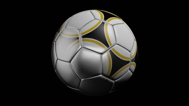stockvideo's en b-roll-footage met realistisch leren voetbal bal draaien op de zwarte achtergrond. animatie van een voetbal bal op een zwarte achtergrond - sportcompetitie