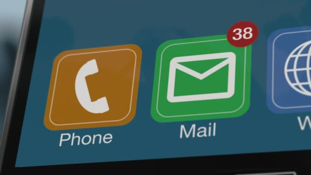 receiving emails on a smartphone