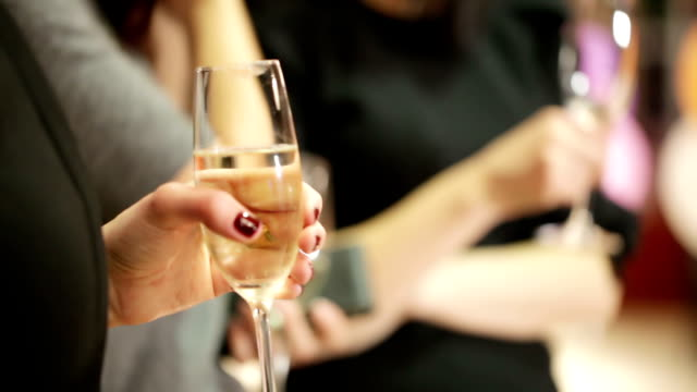 empfang auf banket - champagner toasts stock-videos und b-roll-filmmaterial
