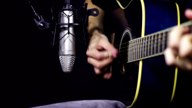Recording Acoustic Guitar in the Studio video