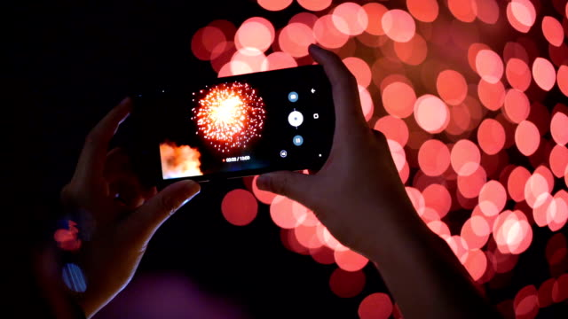 SLO MO Recording video of fireworks from smartphone video