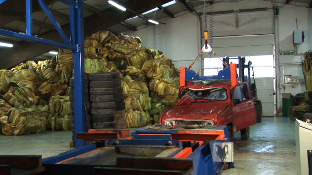 HD: Recycling cars video