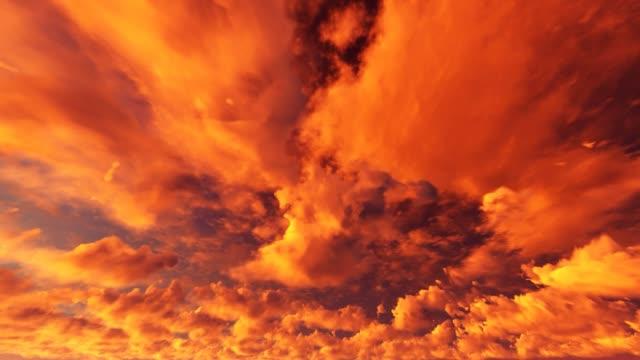 vídeos de stock e filmes b-roll de red cloudy sky. apocalyptic sky time lapse. - apocalipse