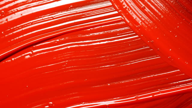 rote acrylmalerei. cose up. - gemälde stock-videos und b-roll-filmmaterial