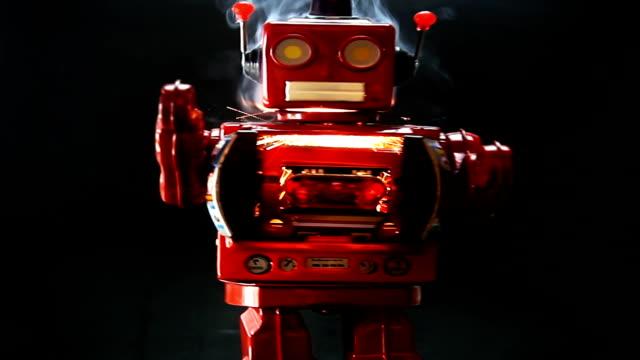 빨간 로봇 행진 - 완구류 스톡 비디오 및 b-롤 화면