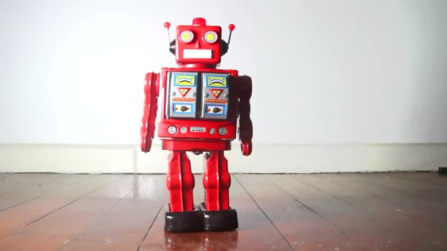 red robot - giocattolo video stock e b–roll
