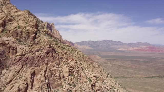 red rock mountains - nevada video stock e b–roll