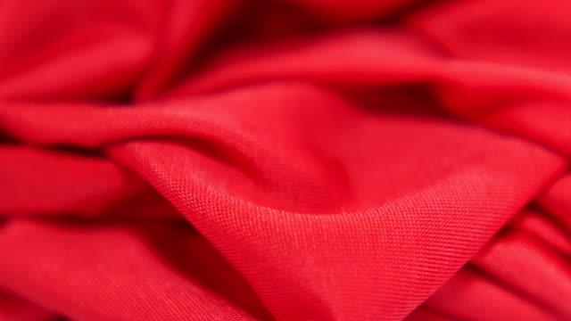 röd satin tyg bakgrund, slowmotion - red silk bildbanksvideor och videomaterial från bakom kulisserna