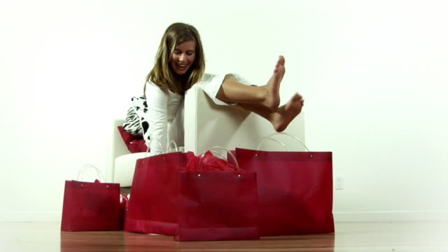 Red  Shopping .. video