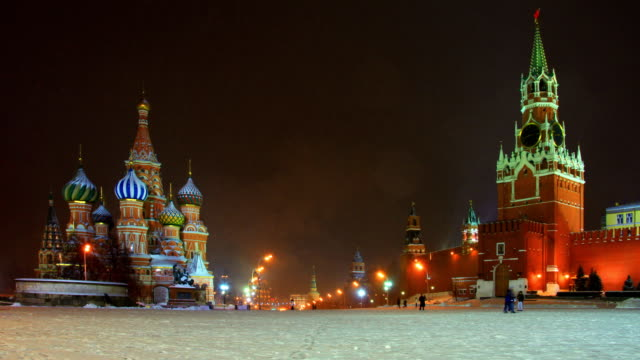red square at winter night. - röda torget bildbanksvideor och videomaterial från bakom kulisserna