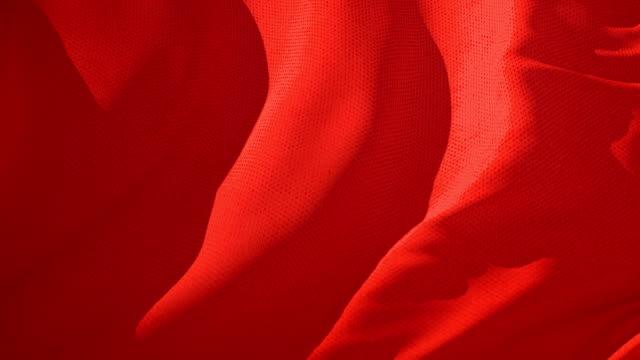 röd textil tyg vajade i vinden abstrakt bakgrund - red silk bildbanksvideor och videomaterial från bakom kulisserna