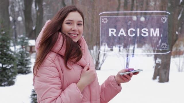 rödhårig flicka med hologram rasism - etnicitet bildbanksvideor och videomaterial från bakom kulisserna