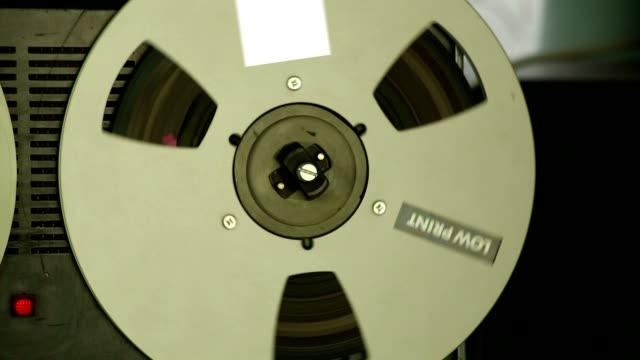 Reel tape recorder video