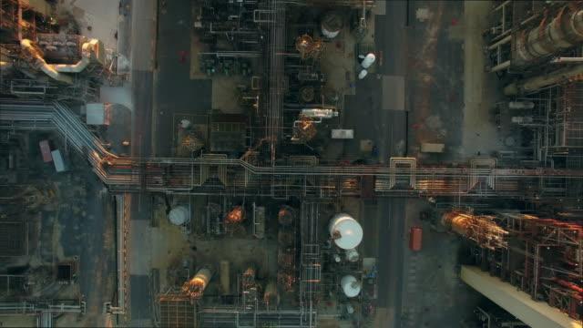 stockvideo's en b-roll-footage met raffinage van brandstof voor vandaag - raffinaderij