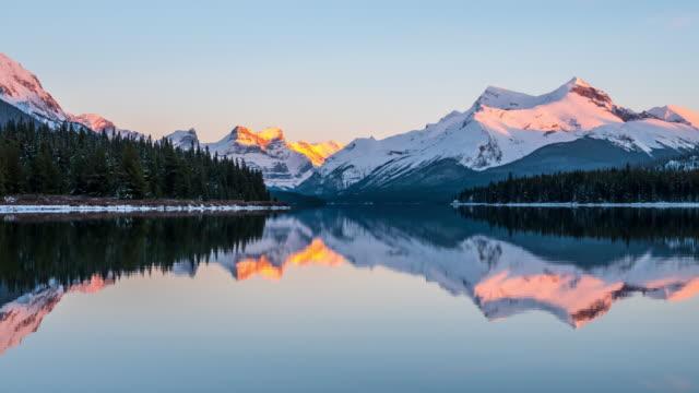 Video Reflection Lake Canada