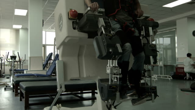 rehabilitation center - sports medicine stock videos and b-roll footage