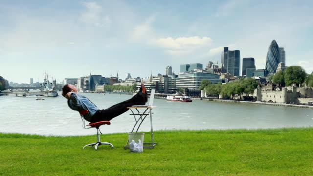 Relax Business London video