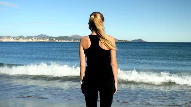 Relax exercising front of the sea video