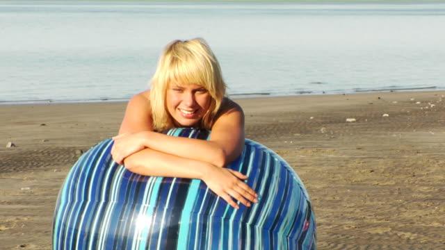 Relaxing Beach Girl