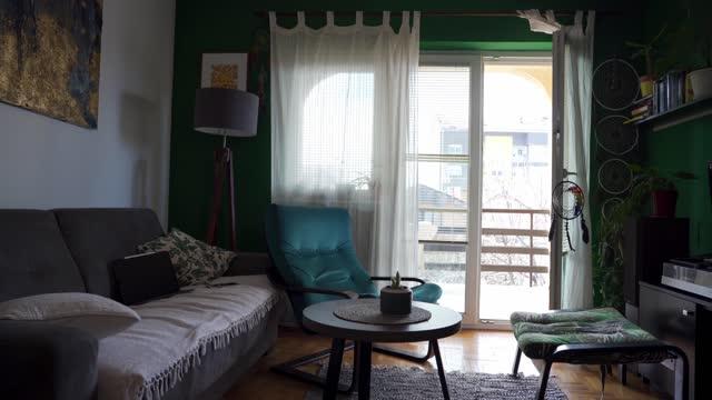 Relaxing, cozy boho living room