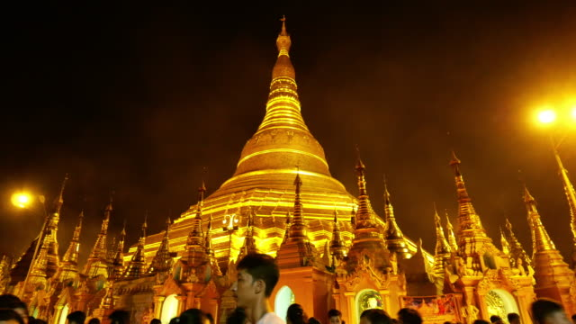 religion : shwedagon pagoda temple yangon city, myanmar - wat video stock e b–roll