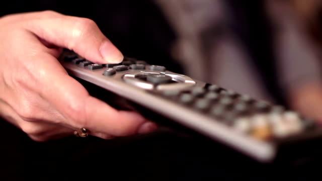 telecomando controllo - telecomando background video stock e b–roll