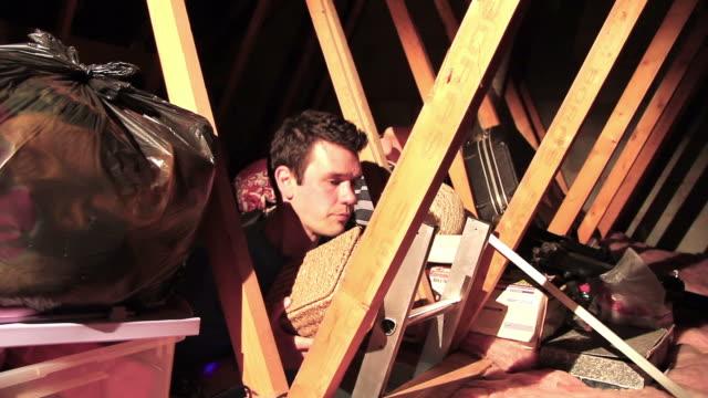 residential dach mit dachgeschoss-lofts oder verwenden. - dachboden stock-videos und b-roll-filmmaterial
