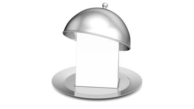 cloche ristorante con coperchio - coperchio video stock e b–roll