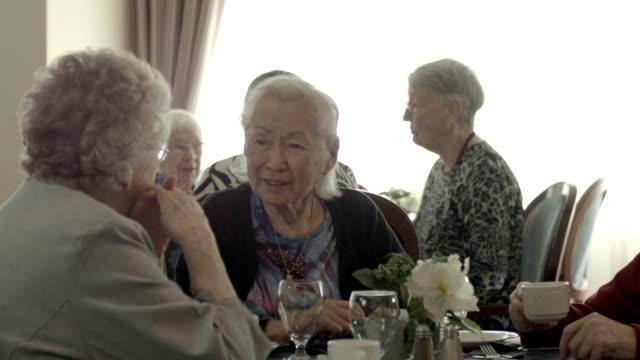 老人ホーム ビデオ