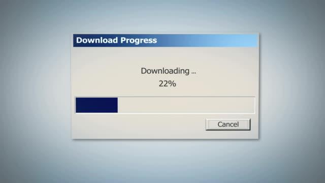 finestra di dialogo download retrò con barra di stato blu, percentuale che mostra lo stato - scaricare dall'internet video stock e b–roll