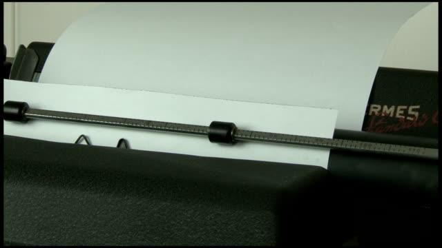 Retro Typewriter video