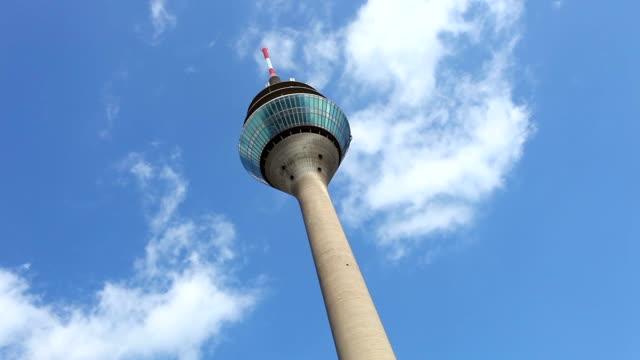 rhinetower in düsseldorf - düsseldorf stock-videos und b-roll-filmmaterial