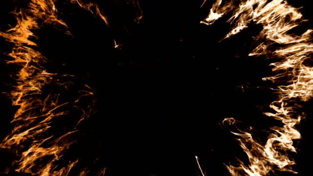 炎のリング火災黒背景、危険な炎の爆発 - 指輪点の映像素材/bロール