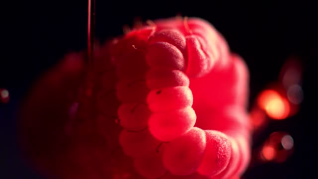 ripe raspberries mixing with jelly - gusto aspro video stock e b–roll