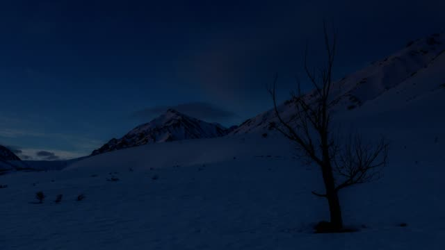 rising sun on snowy sierra - brent video stock e b–roll