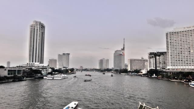 vídeos de stock, filmes e b-roll de rio em bangkok - característica arquitetônica