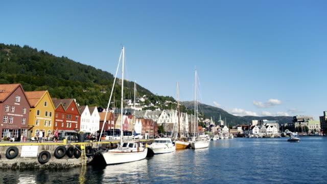 vídeos y material grabado en eventos de stock de riverside en bergen noruega - bergen