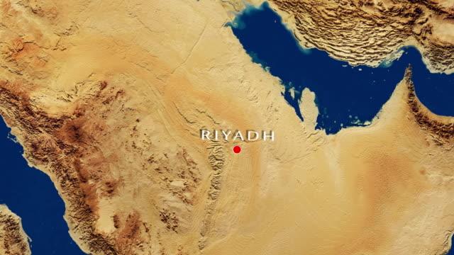 stockvideo's en b-roll-footage met riyadh - saudi-arabië inzoomen vanuit de ruimte - riyad