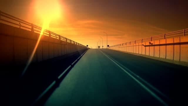 road をトンネル - 自動運転車点の映像素材/bロール
