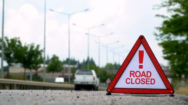 Road Closed! - Traffic Sign