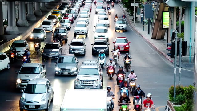 Road traffic in the city, Many cars on the crossroads video